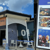 01 ZERO ONE CAFE SURF DINER(ゼロワンカフェ)